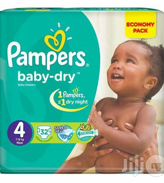 pampers diaper maxi 32s